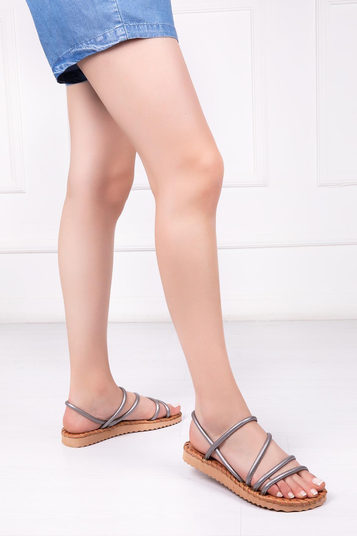 Deripabuc Kadın Gümüş Hakiki Deri Sandalet Dp45-0010 1