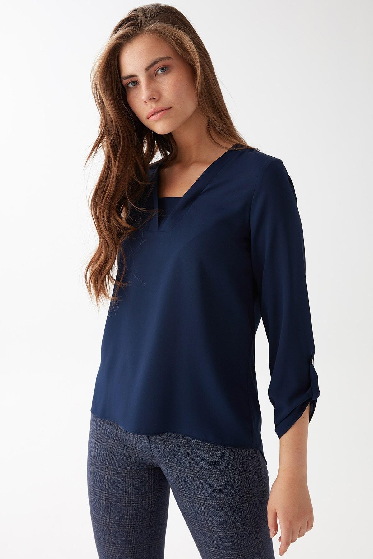 Chima Kadın Lacivert V Yaka Bluz 2