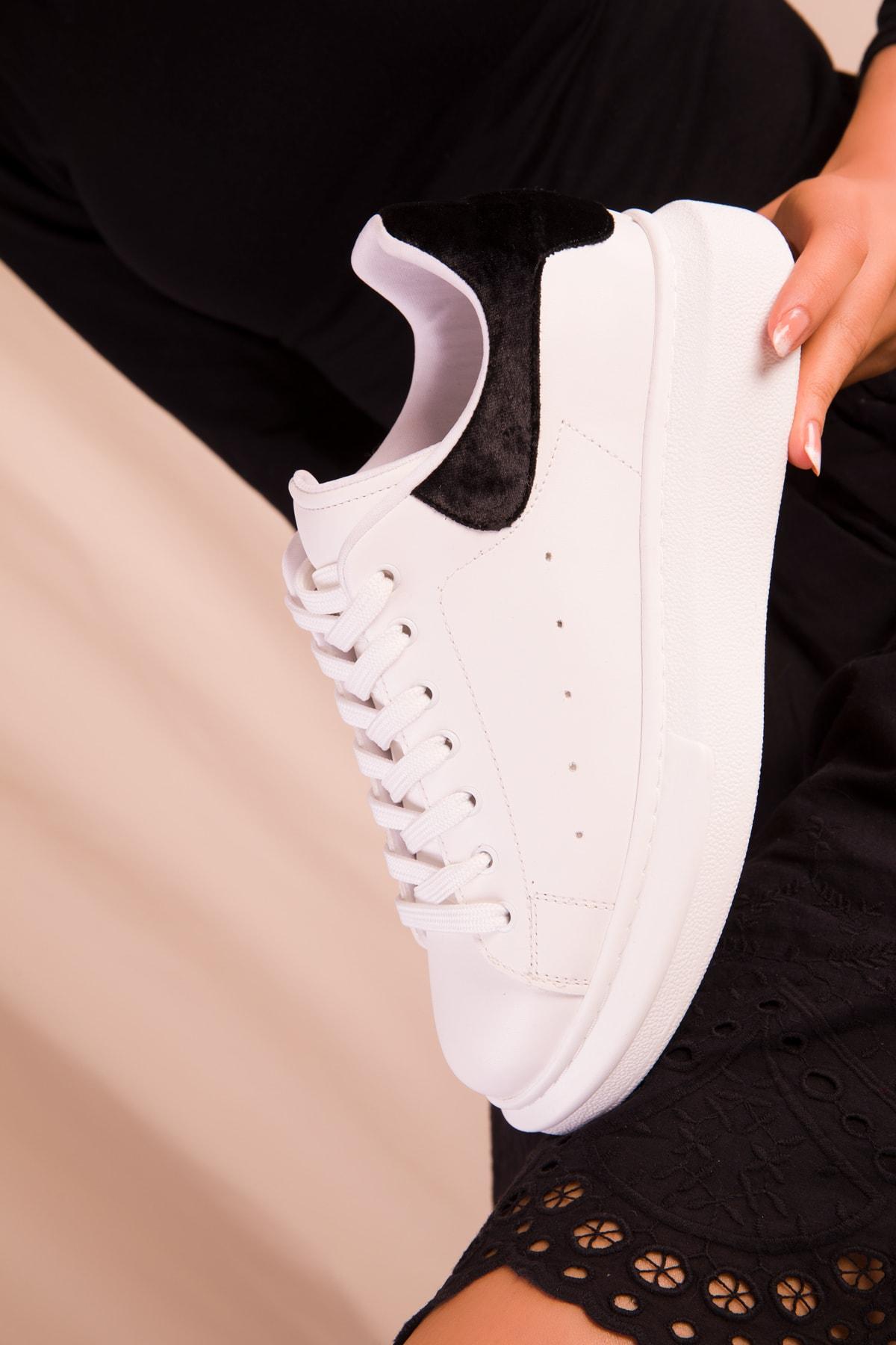 SOHO Beyaz-Siyah Kadife Kadın Sneaker 15732 2