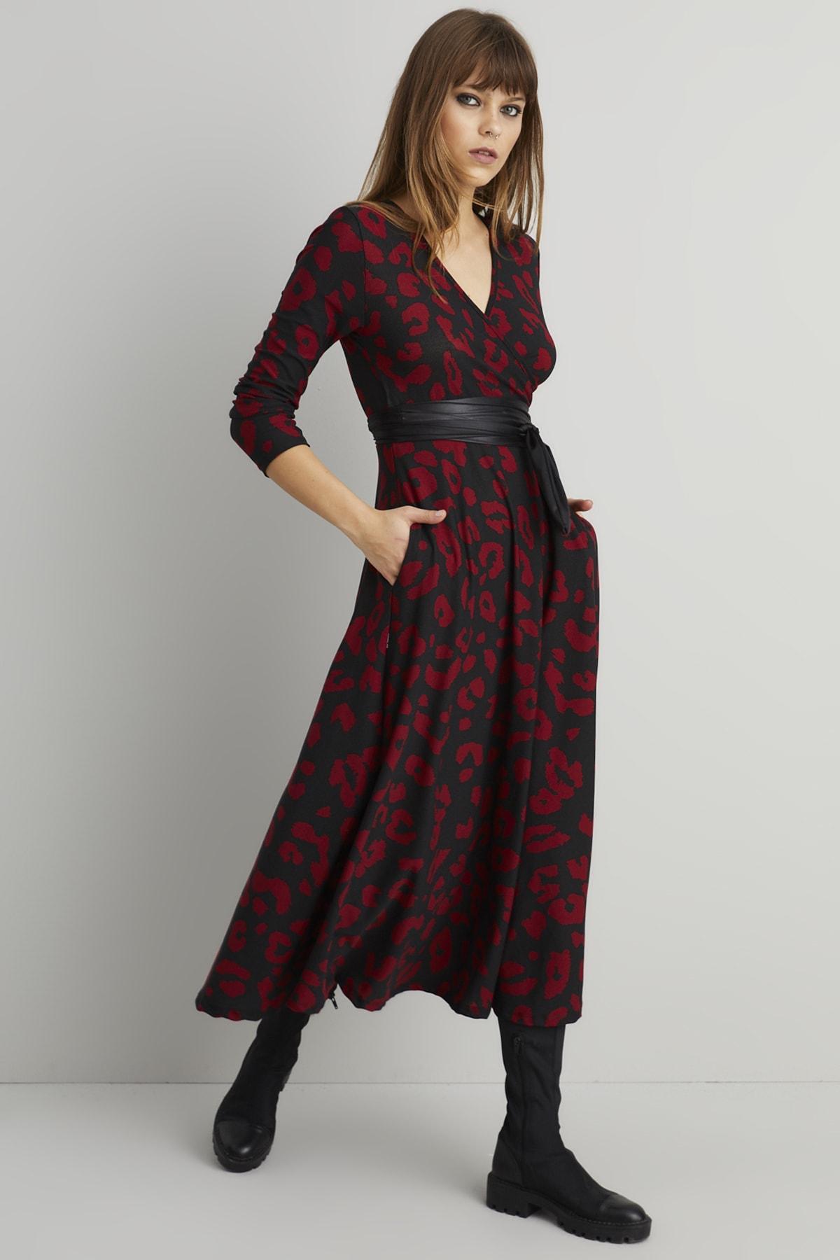 Cool & Sexy Kadın Siyah-Bordo Leopar Desen Kruvaze Maxi Elbise ARZ21 1