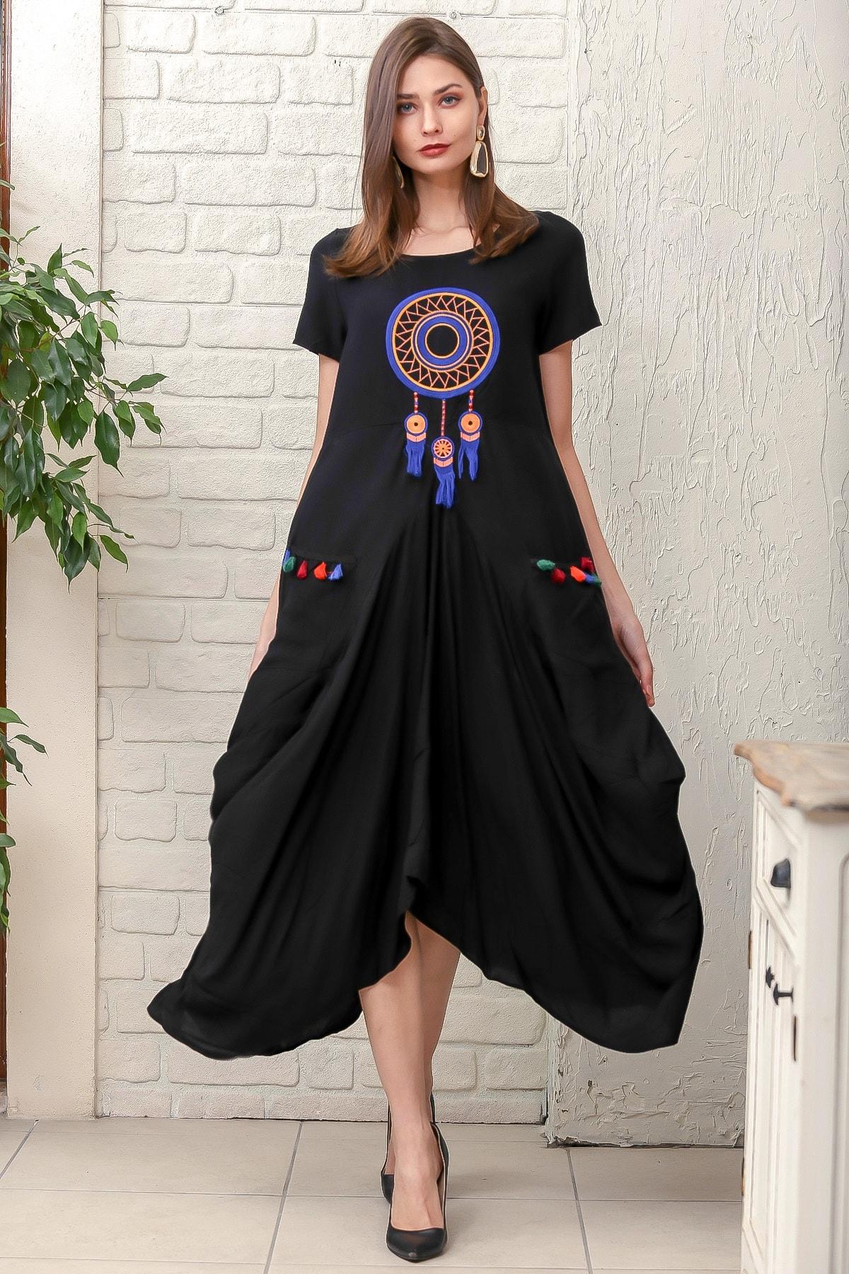 Chiccy Kadın Siyah Dream Catcher Nakışlı Yarım Kollu Cepli Asimetrik Salaş Dokuma Elbise M10160000EL95883