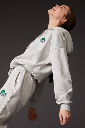 DeFacto Kadın Gri Pokemon Lisanslıbeli LastikliCrop Sweatshirt