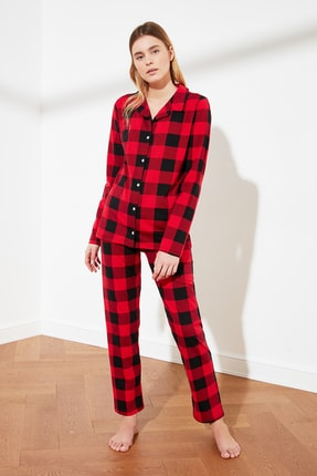 TRENDYOLMİLLA Ekoseli Örme Pijama Takımı THMAW21PT1099