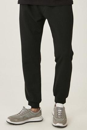 AC&Co / Altınyıldız Classics Erkek Siyah Standart Fit Rahat Beli ve Paçası Lastikli Spor Eşofman Altı