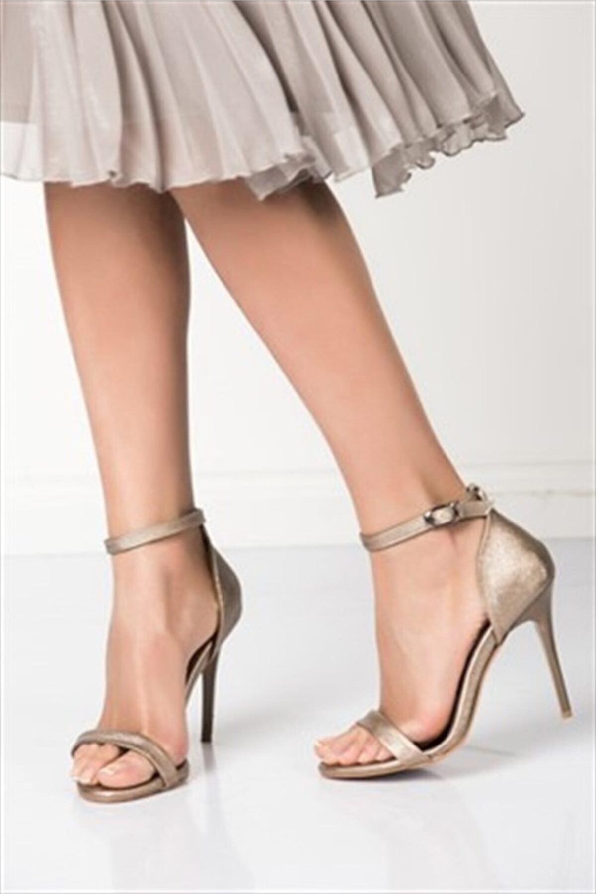 Fox Shoes Platin Kadın Topuklu Ayakkabı B922112609 1