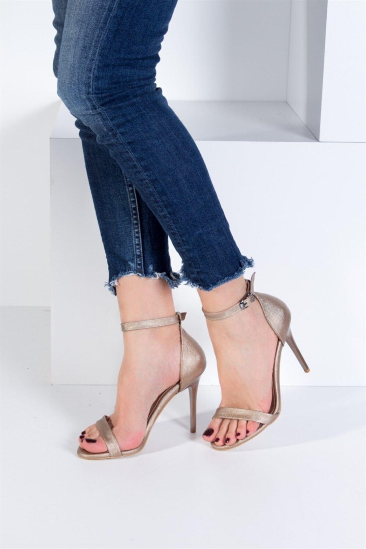 Fox Shoes Platin Kadın Topuklu Ayakkabı B922112609 2