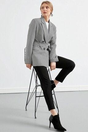 Journey Kadın Siyah Yaka 4 Düğme Bel Kemer Detaylı Ceket