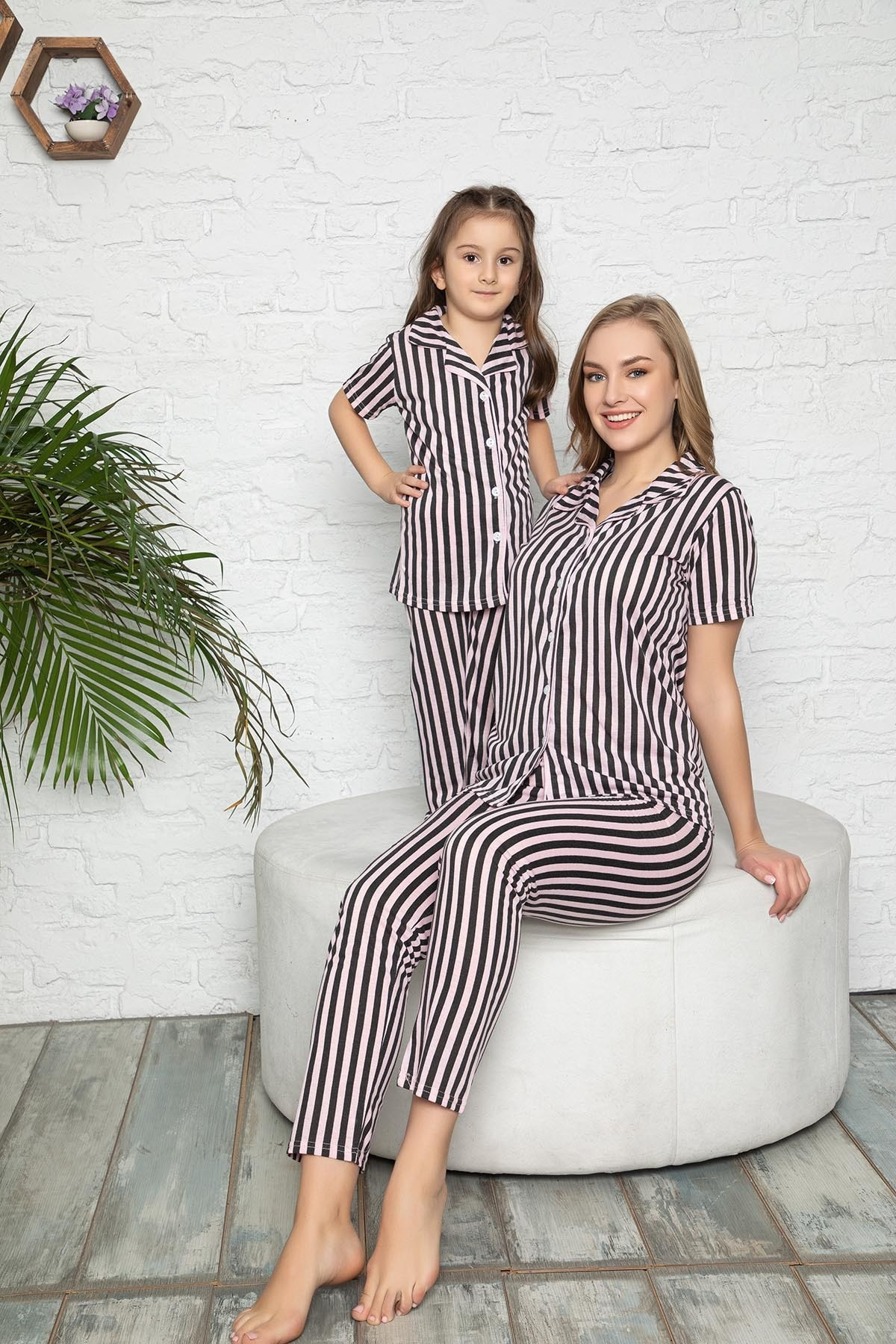 modalizy Anne Kız Pembe Siyah Çizgili Desen Pijama Kombinleri (Tek tek sepete eklemeniz gerekmektedir) 1