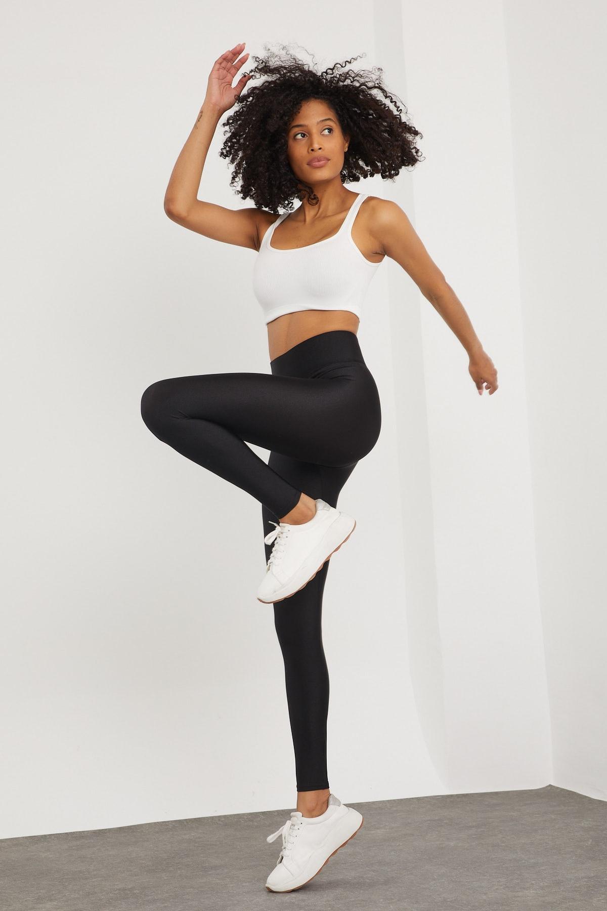 Meis Kadın Siyah Belden Toparlayıcı Parlak Disco Tayt 1