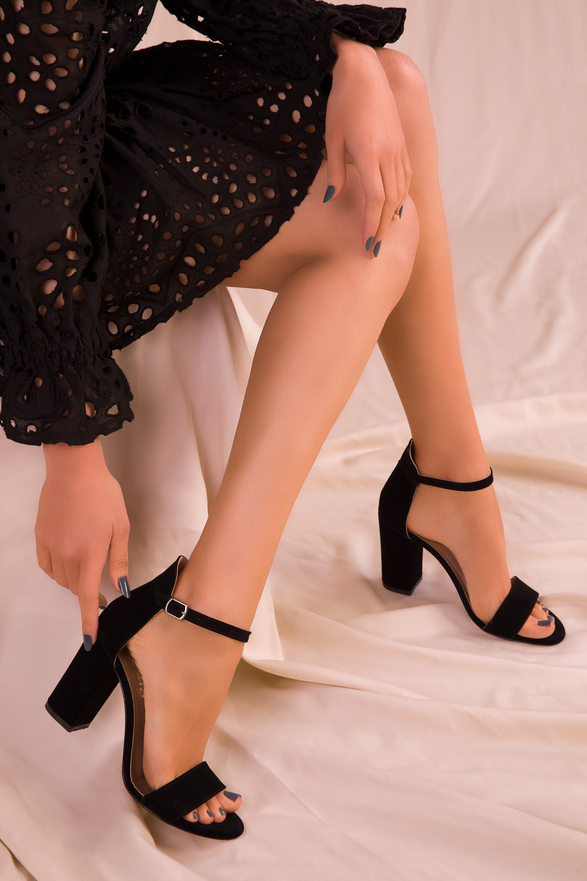 SOHO Siyah Süet Kadın Klasik Topuklu Ayakkabı 14532 2