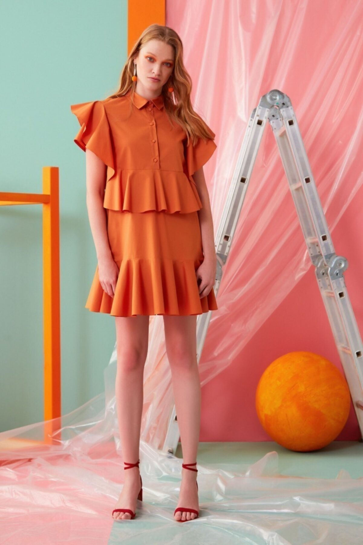 GIZIA CASUAL Fırfır Detaylı Tarçın Rengi Elbise 1