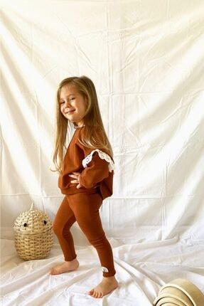 LAVRA STUDIO Kız Çocuk Kahverengi Sweatshirt Takım Fırfırlı Rahat Nakışlı