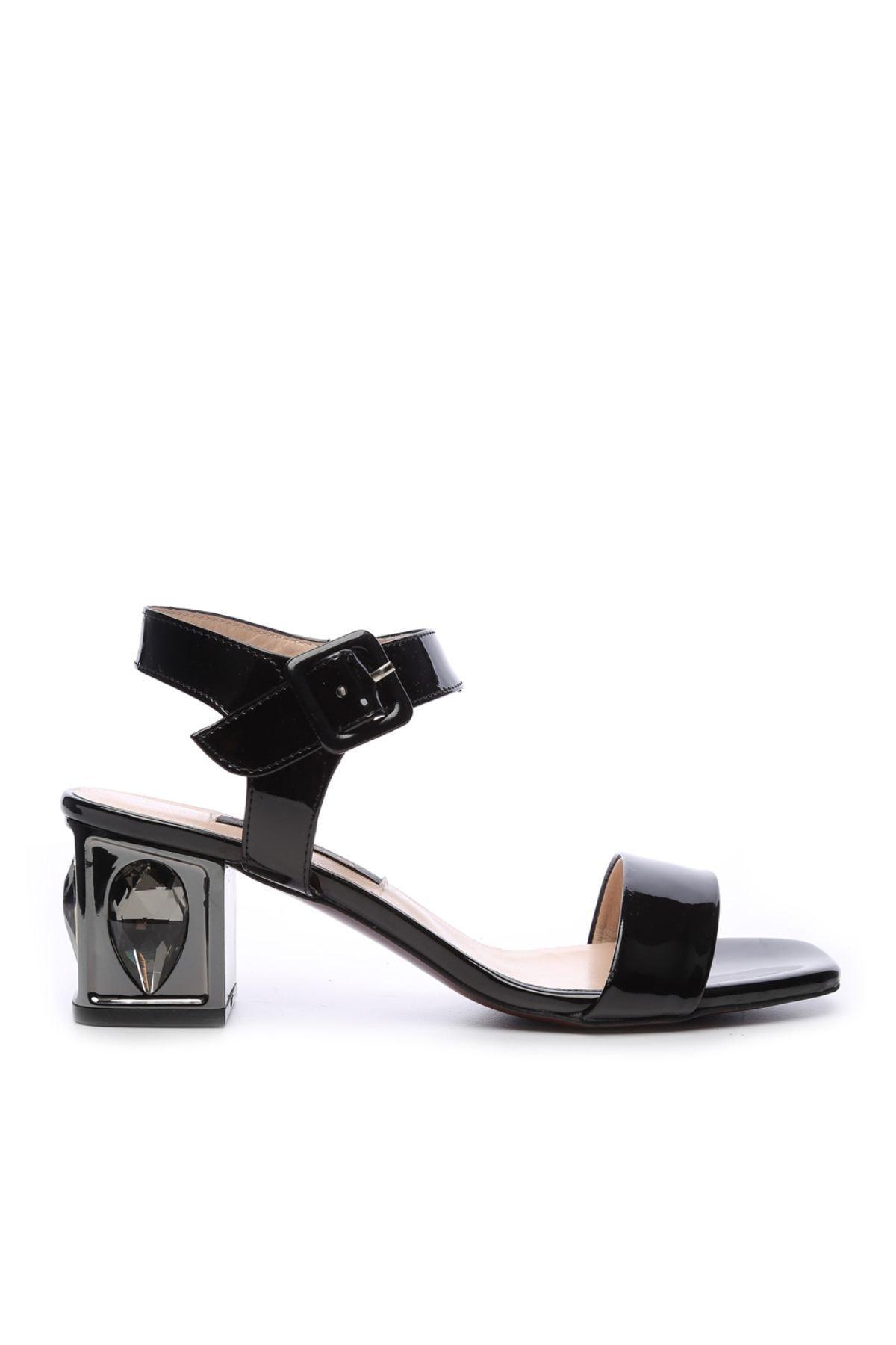 KEMAL TANCA Kadın Derı Sandalet Ayakkabı 51 2832 BN AYK Y19 1