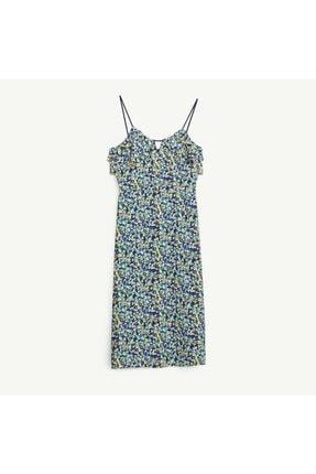 Yargıcı Kadın Mavi Kırma Detaylı Elbise