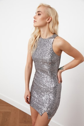 TRENDYOLMİLLA Gümüş Payet Elbise TPRSS21EL1420