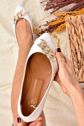 Fox Shoes Kadın Beyaz Taş Detaylı Zincirli Babet K726095509