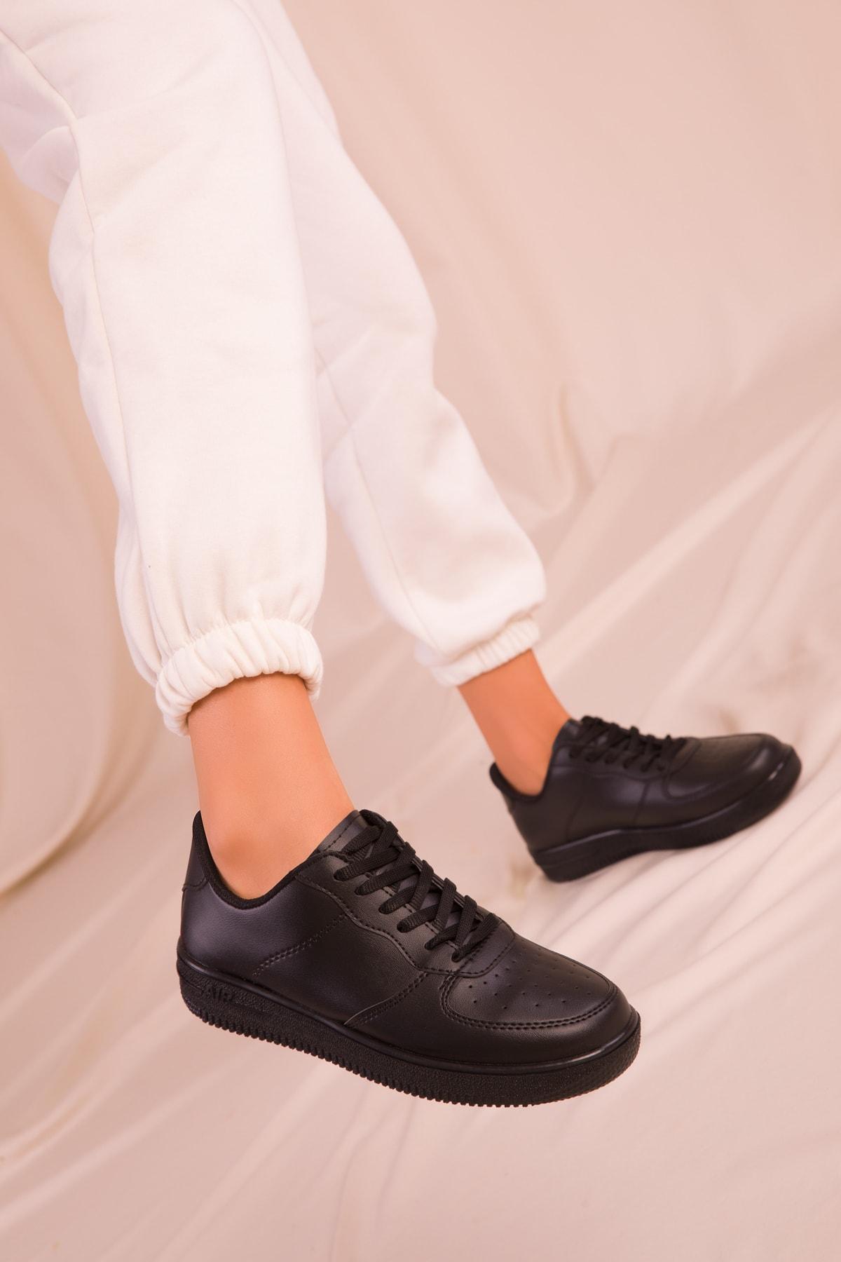 SOHO Siyah Kadın Sneaker 14361 1