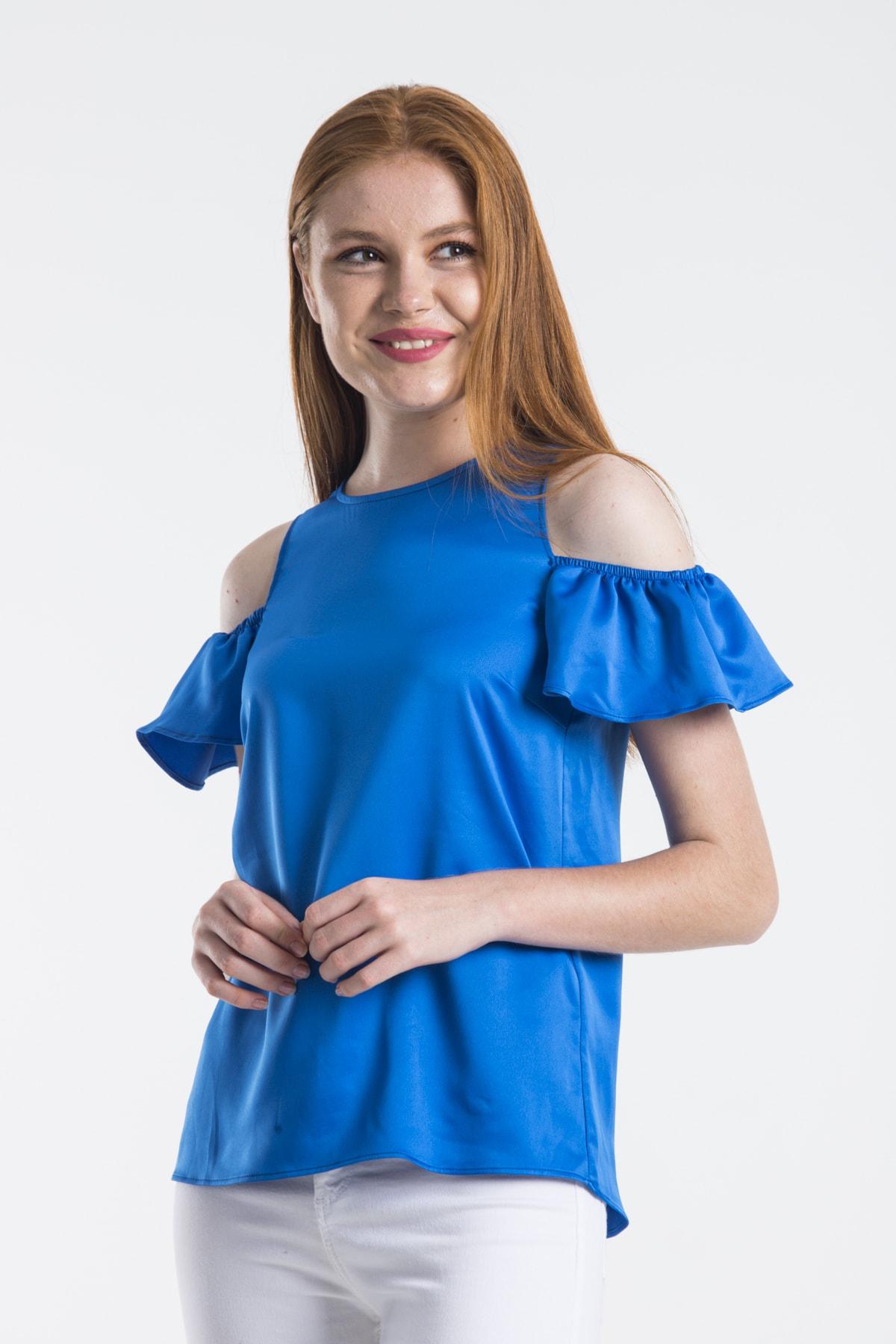 dm street style Kadın Mavi Ipek Saten Omuzu Açık Kolu Lastikli Bluz 1