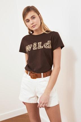 TRENDYOLMİLLA Kahverengi Baskılı Basic Örme T-shirt TWOSS19GH0013