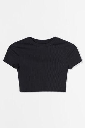 Bershka Kadın Siyah Biyeli Crop Fit T-Shirt