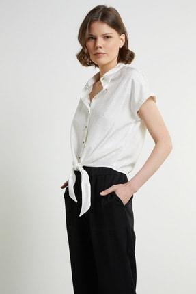 Network Kadın Regular Fit Beyaz Desenli Bağcıklı Gömlek 1078887