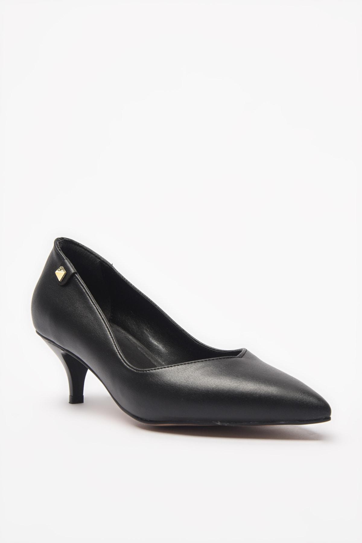 Yaya  by Hotiç Siyah Kadın Klasik Topuklu Ayakkabı 01AYY205540A100 2