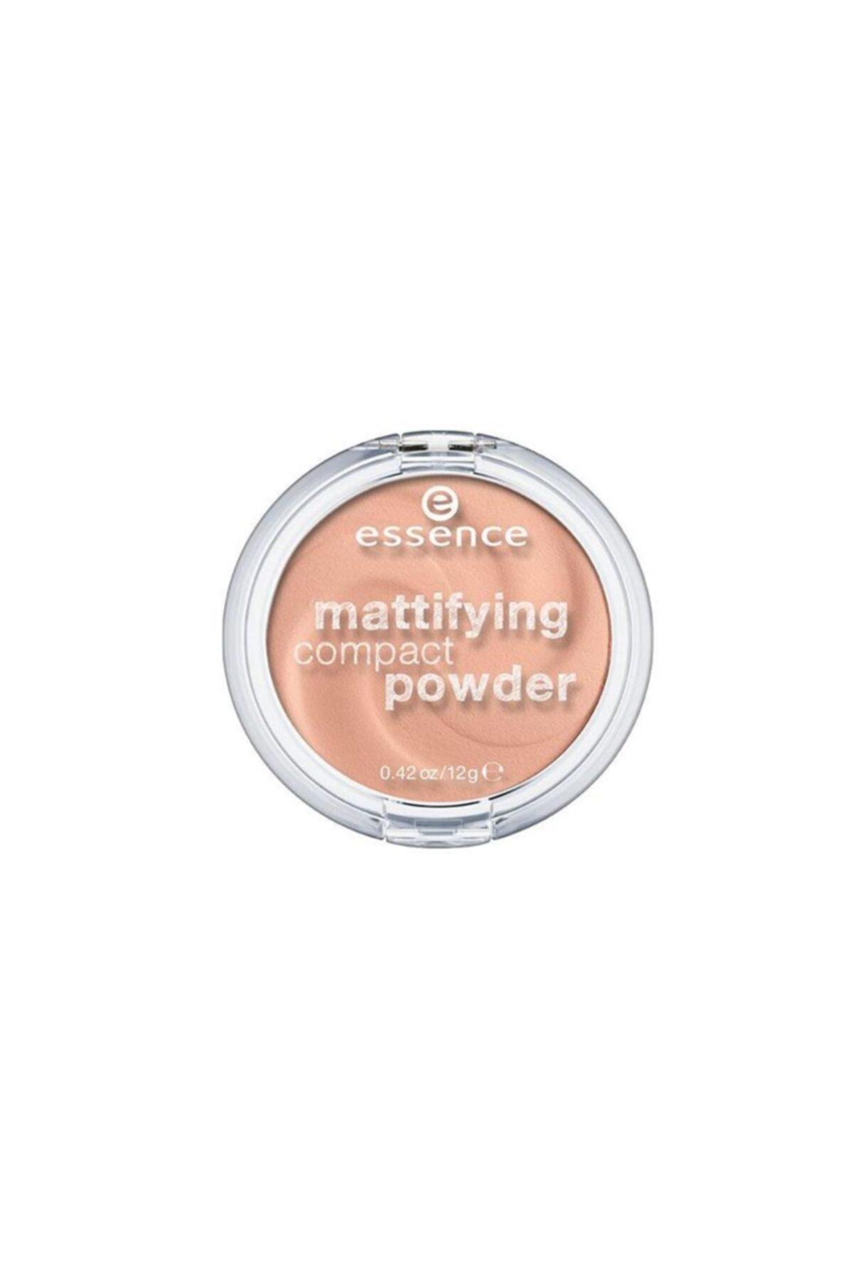 Essence Mattifying Compact Powder Pudra 04. Perfect Beıge 1