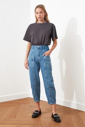 TRENDYOLMİLLA Mavi Cep Detaylı Yüksek Bel Slouchy Jeans TWOAW20JE0278