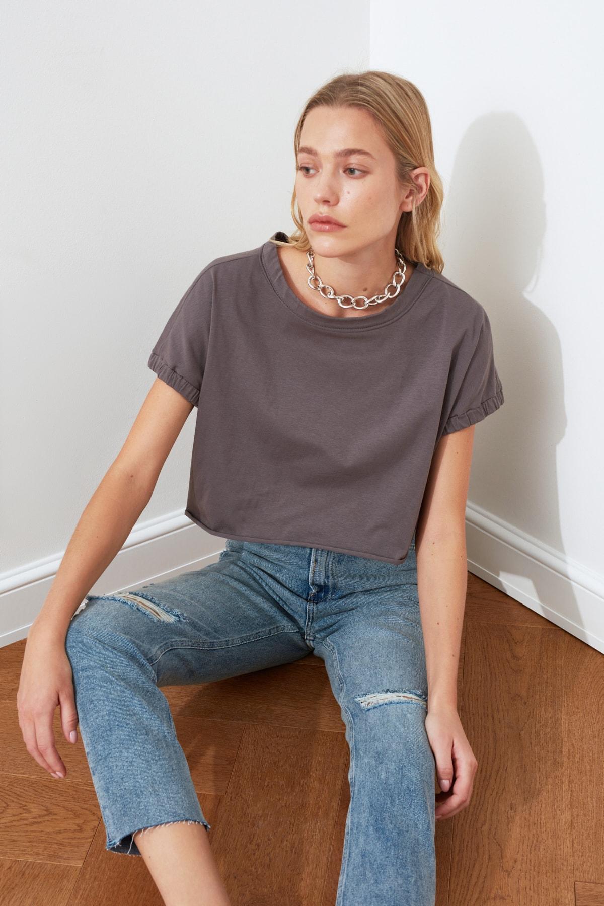 TRENDYOLMİLLA Mavi Yırtık Detaylı Yüksek Bel Mom  Jeans TWOSS20JE0353 2