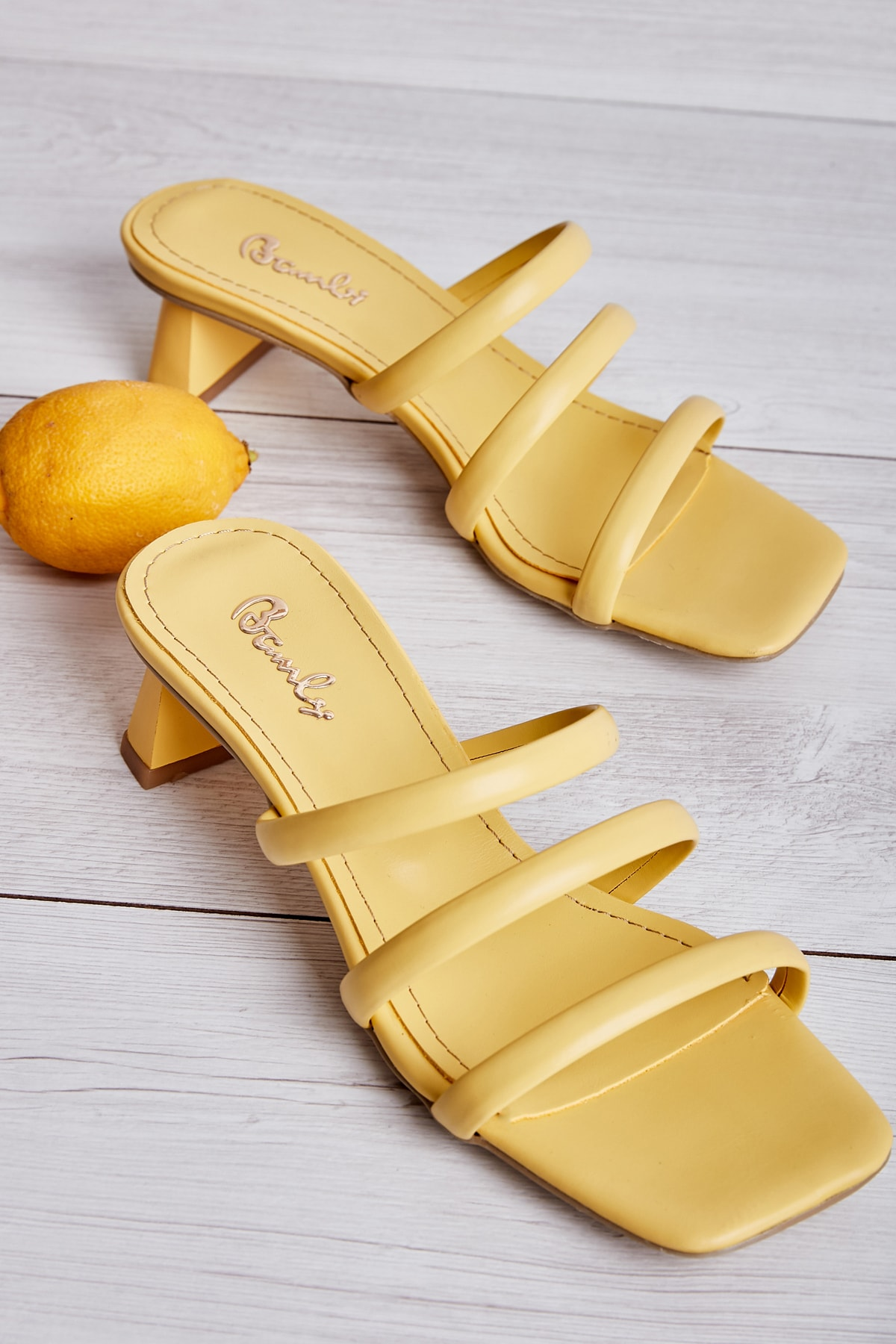 Bambi Sarı Kadın Sandalet L0533001509 1