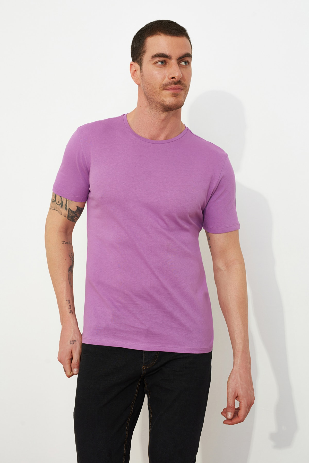 TRENDYOL MAN Açık Mor Erkek Basic Pamuklu Kısa Kollu Slim Fit T-Shirt - TMNSS19BO0001 1
