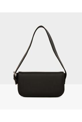 İray Kadın Siyah Kapaklı Baget Çanta