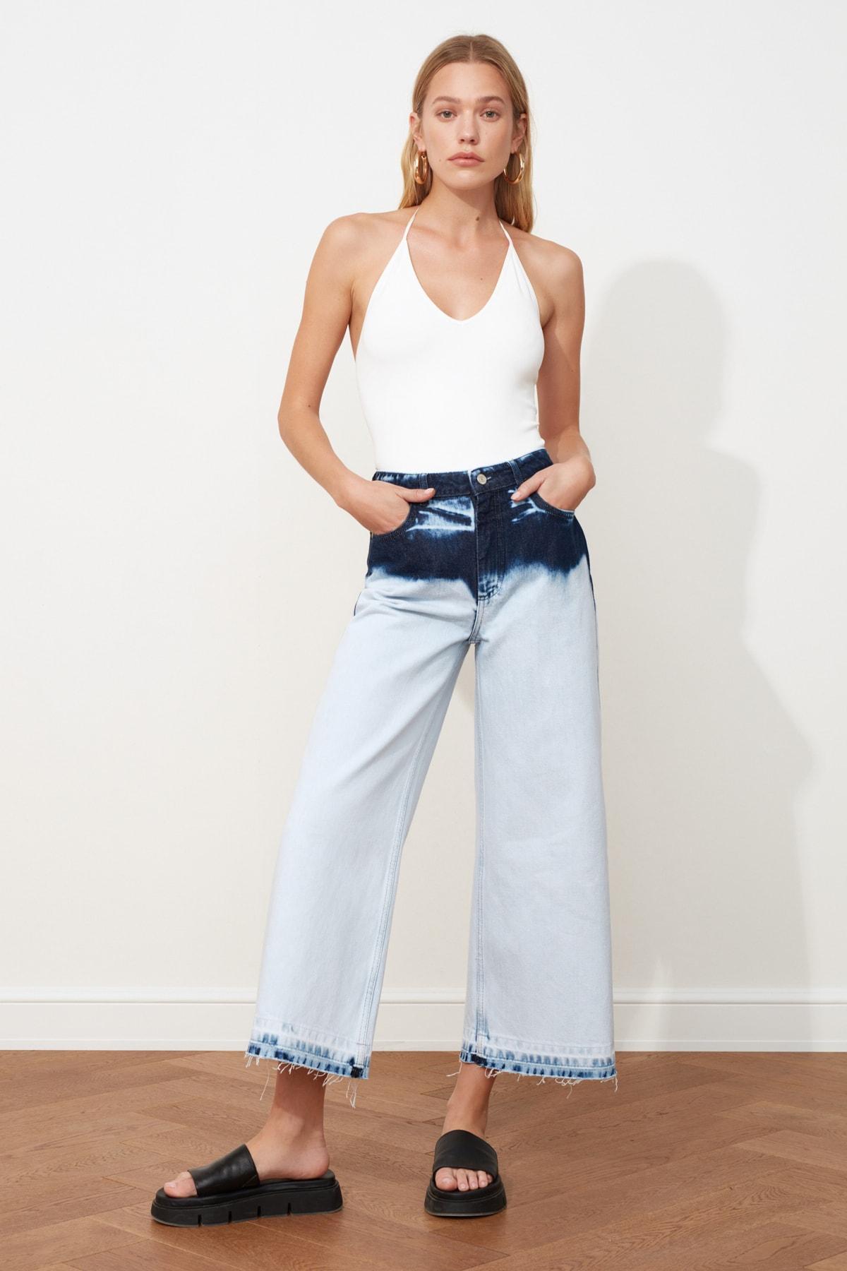 TRENDYOLMİLLA Mavi Renk Bloklu Yüksek Bel Culotte Jeans TWOSS21JE0145 1