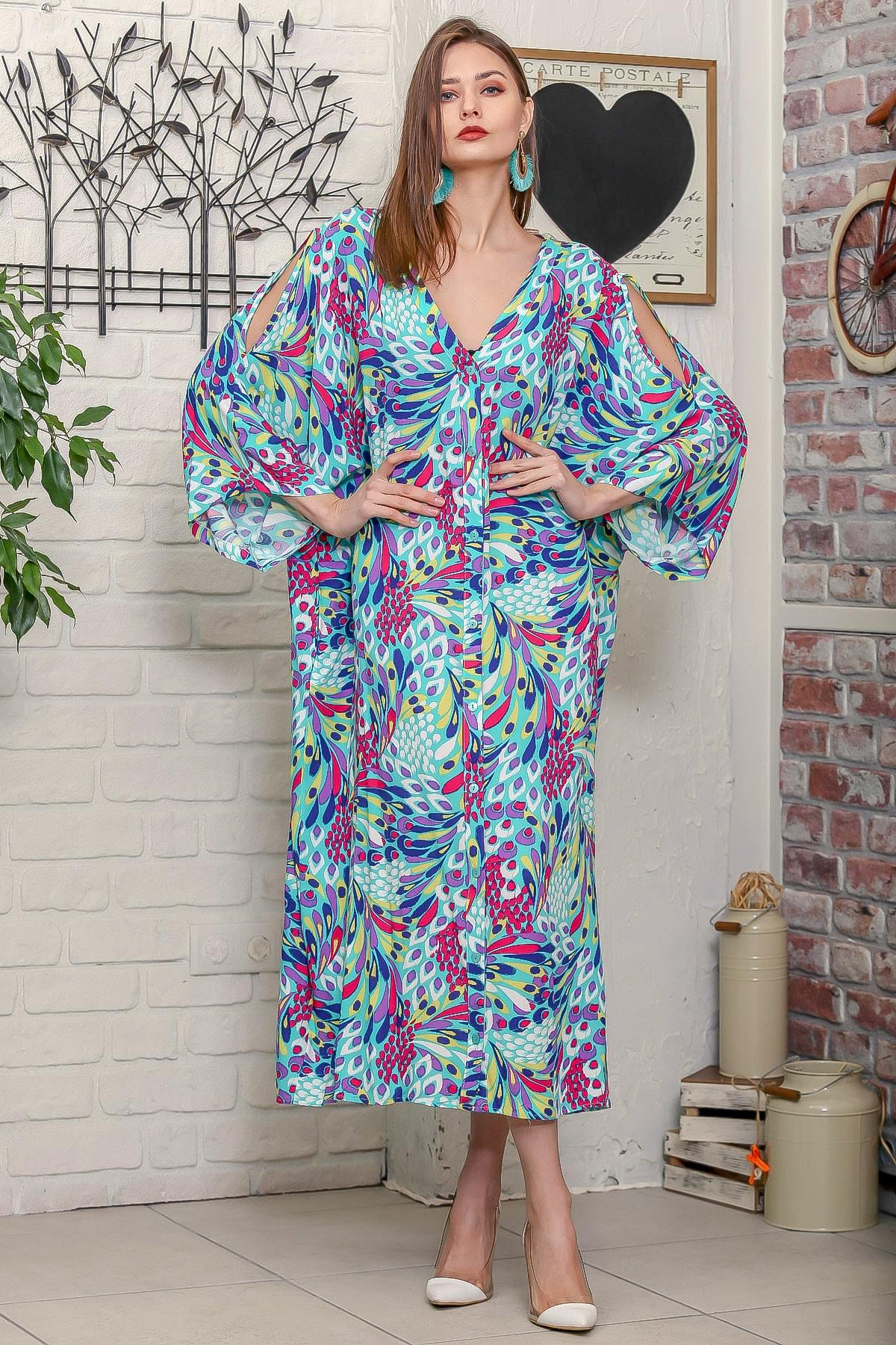 Chiccy Kadın Turkuaz Tavus Kuşu Tüy Desenli Omuzları Pencereli Düğme Detaylı Salaş Uzun Dokuma Elbise