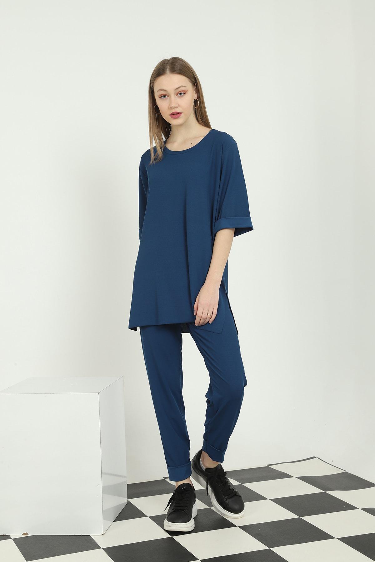 Makara Moda Oversize Yandan Yırtmaçlı Tişört Sigaret Beli Lastikli Pantolon Ikili Takım 2