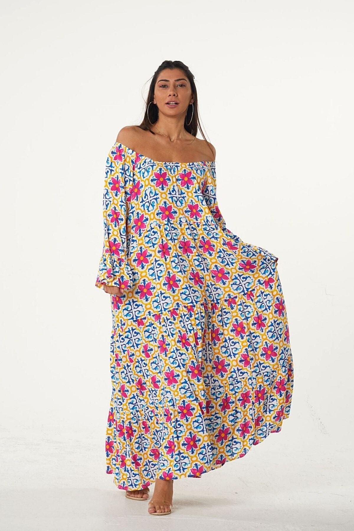 Keyifli Moda Kadın Pembe Carmen Yaka Kolları Volanlı Çiçek Desenli Salaş Elbise 1