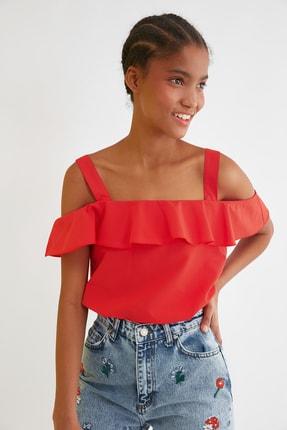 TRENDYOLMİLLA Kırmızı Volanlı Bluz TWOSS21BZ1146