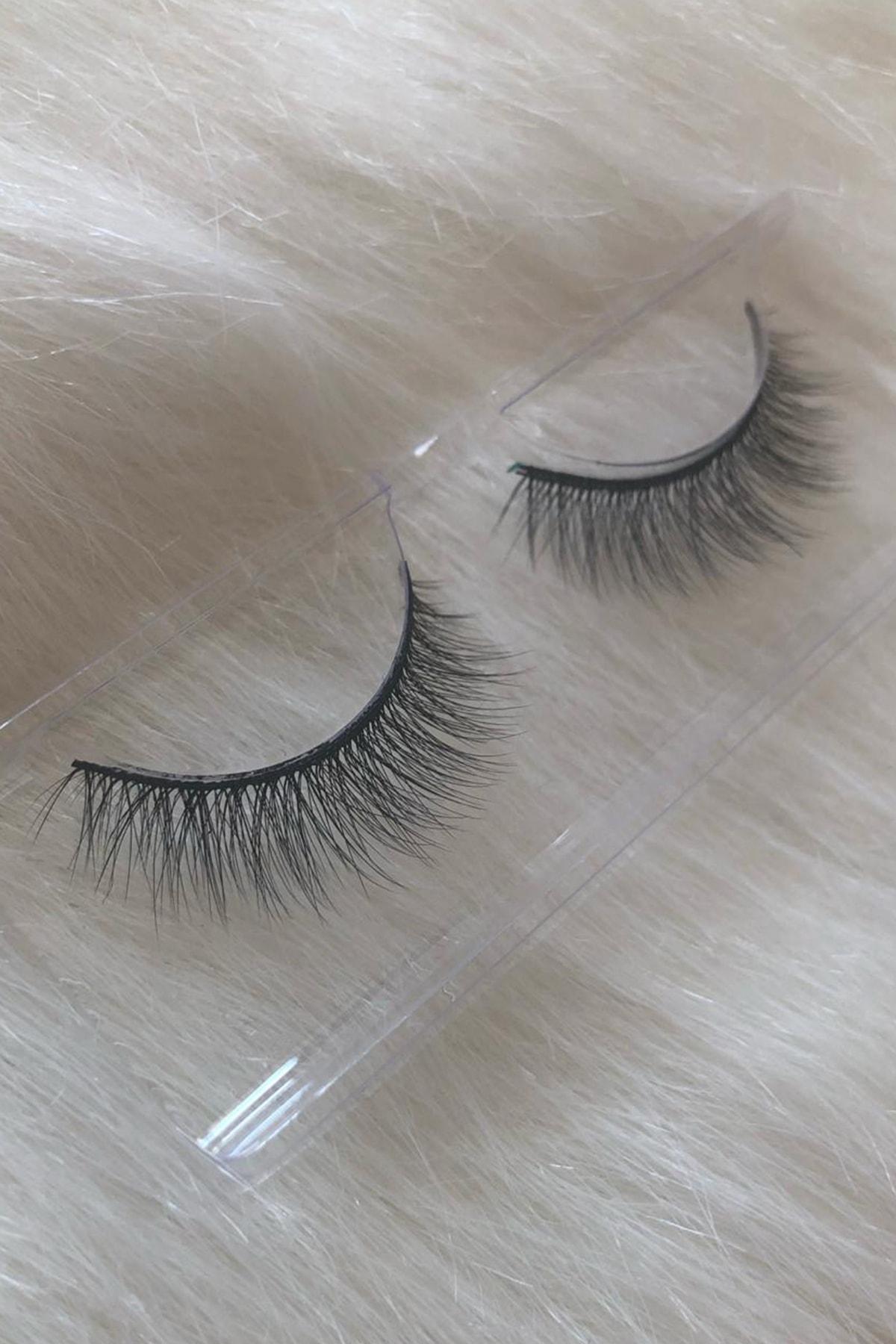 Hülya Beauty Kozmetik 01 Doğal Kısa Ipek Takma Kirpik 1