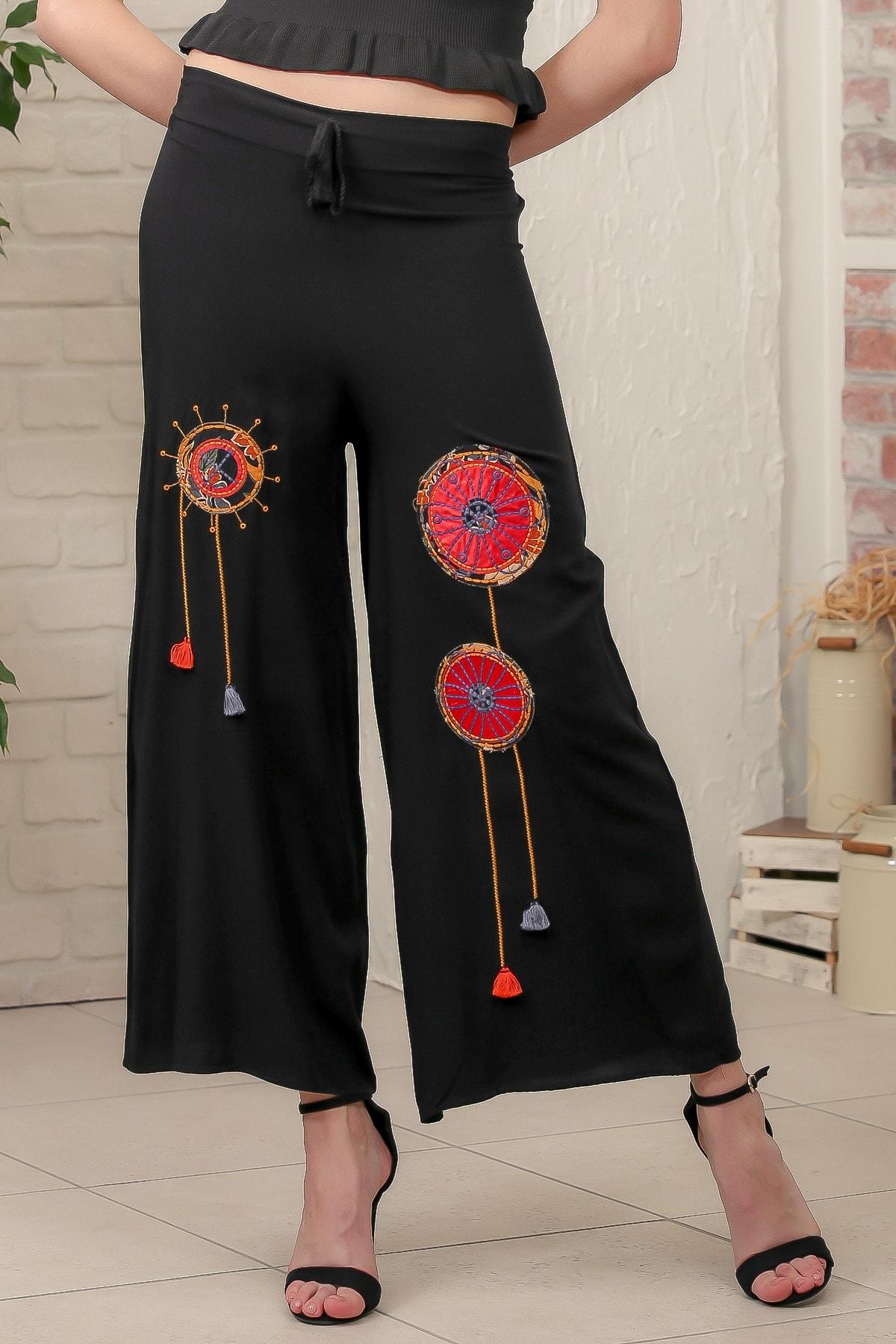 Chiccy Kadın Siyah Gelincik Nakışlı Dokuma Pantolon M10060000PN98937