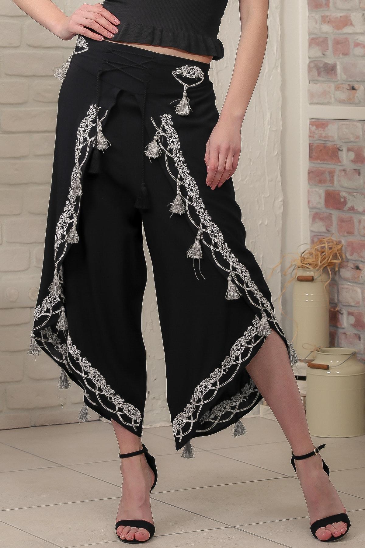 Chiccy Kadın Siyah Gümüş Nakışlı Püsküllü Bağlama İp Detaylı Zarf Pantolon M10060000PN98940