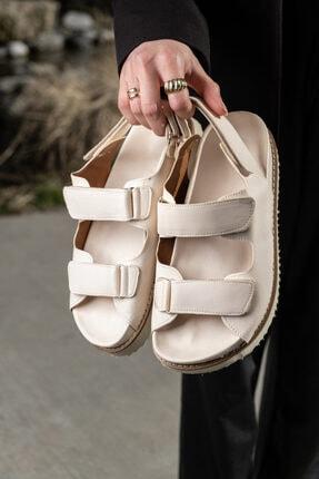 KUPON SHOES Kadın Bej Cırtlı  Sandalet