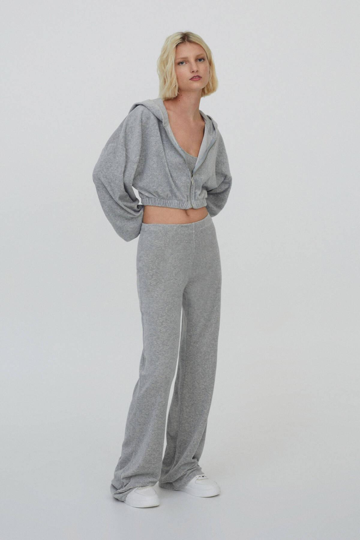 Pull & Bear Kadın Melanj Gri Gri Kadife Jogging Fit Pantolon 04676355