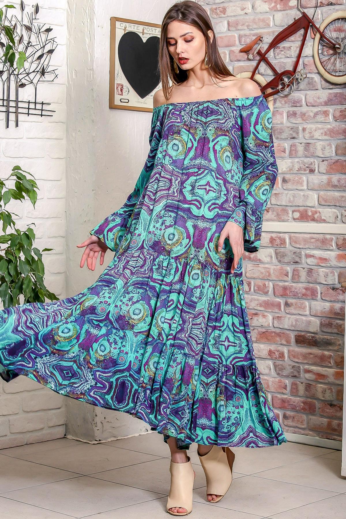 Chiccy Kadın Yeşil Carmen Yaka Sulu Boya Desenli Kol Ucu Volanlı Salaş Dokuma Elbise M10160000EL95906