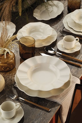 Kütahya Porselen Milena 62 Parça Krem Yemek Takımı