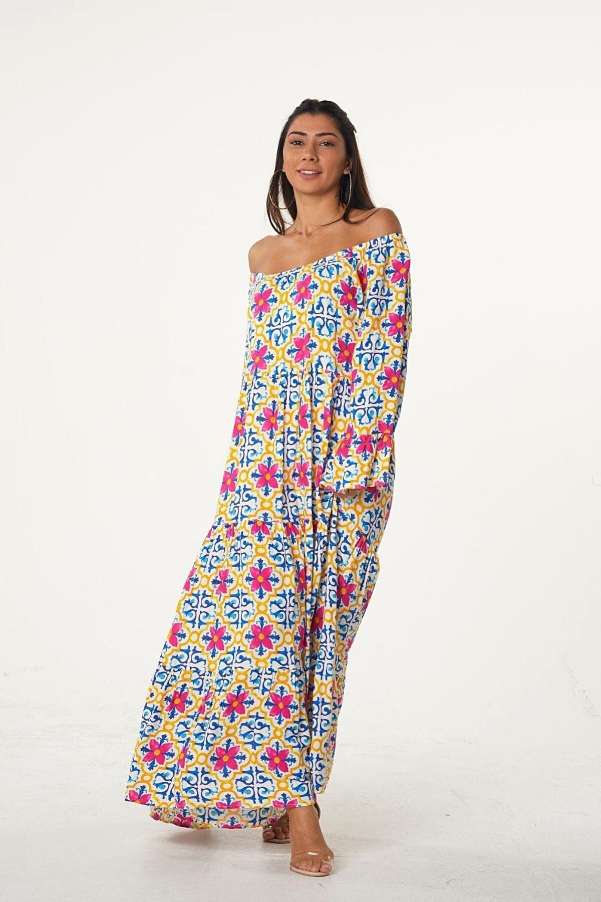 Keyifli Moda Kadın Pembe Carmen Yaka Kolları Volanlı Çiçek Desenli Salaş Elbise 2
