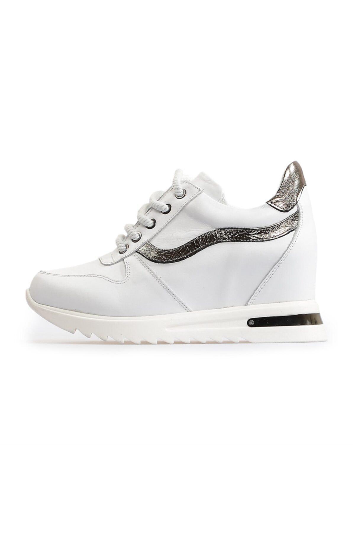 Flower Beyaz Dolgu Topuklu Spor Ayakkabı 1