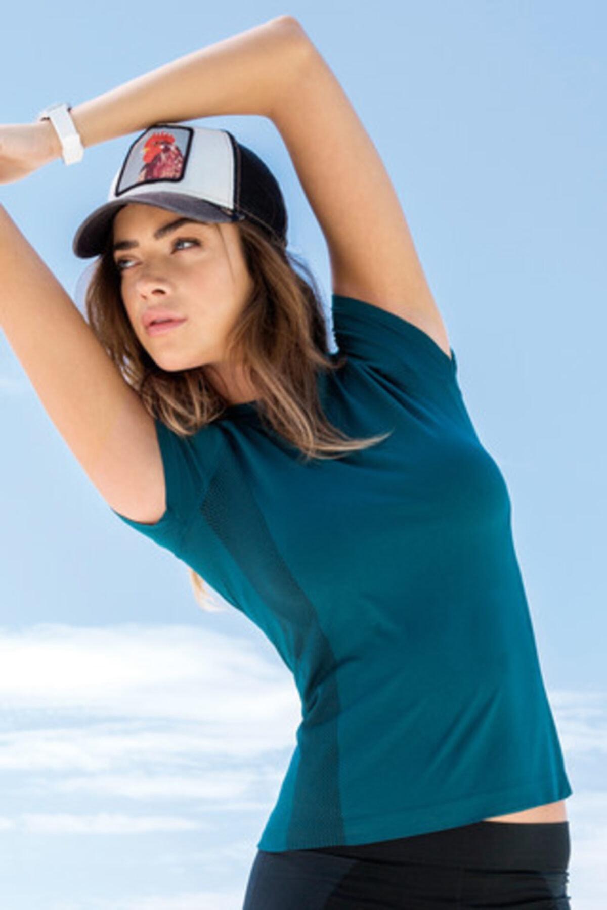 Yeni İnci Kadın Sporcu T-shirt Petrol Yeşili 1