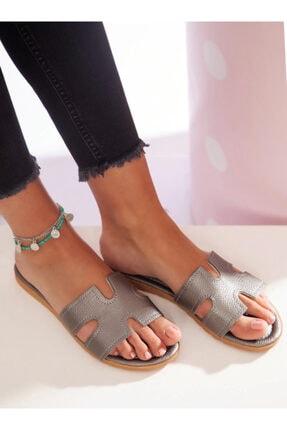 ayakkabıhavuzu Kadın Gümüş Terlik