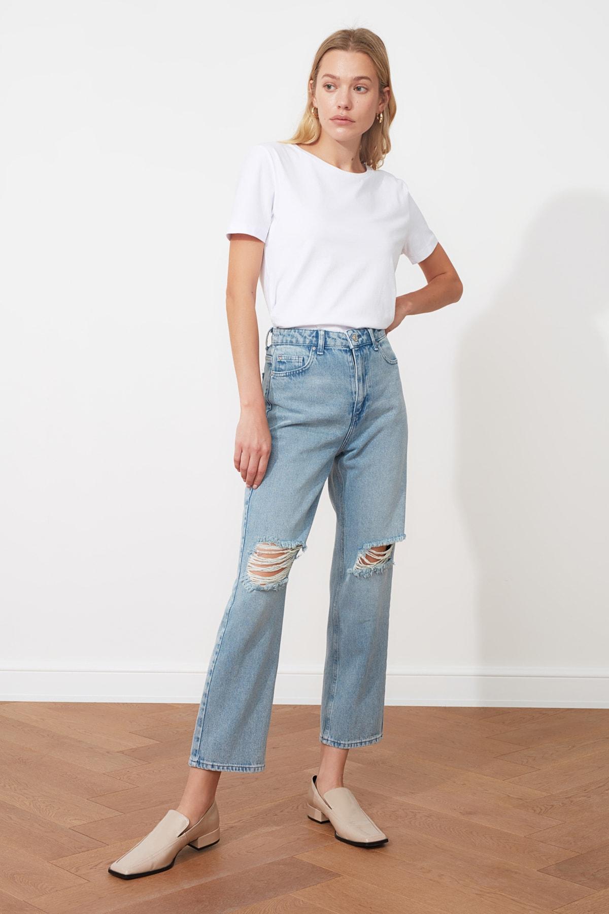 TRENDYOLMİLLA Mavi Yırtık Detaylı Yüksek Bel Straight Jeans TWOAW21JE0120 1