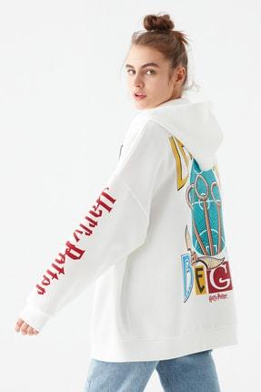 Mavi Kadın Harry Potter Baskılı Beyaz Sweatshirt 1600797-33389